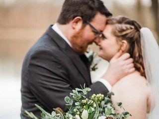 String of Pearls Wedding Flowers 5