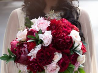 Royal Bee Floral Design and Event Styling 1