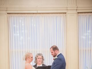 Wedding Officiant Mary Lee 1