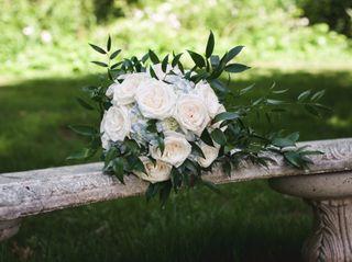 The Harwinton Florist llc 7