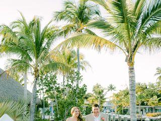 Postcard Inn Beach Resort & Marina 5