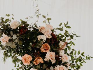 Elan Flowers 4