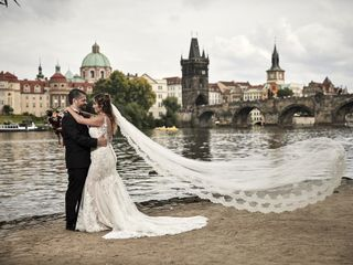 White - Prague Wedding Agency 1