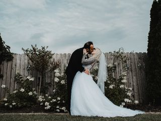 Lyman Harbor Waterfront Weddings 3