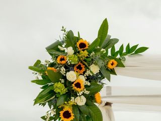 Westover's Flowers & Gifts 4