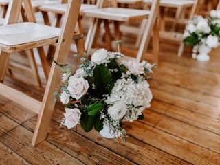 Juniper Rose Floral & Decor 5