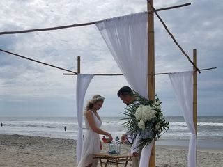 A Seaside Wedding & Events by Emerald Isle Realty 1