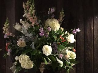 Karin's Florist 5