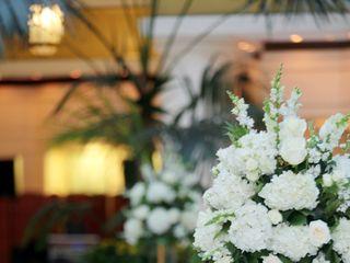 Greenworks Flowers 4