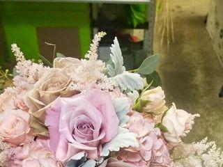 Bloomingdays Flower Shop 1