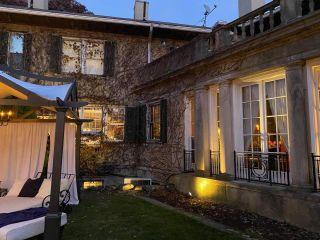 Lord Thompson Manor 2