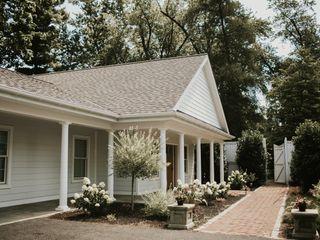 White Chimneys Estate 4