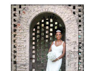 Diva's Boutiqe and Bridal 2