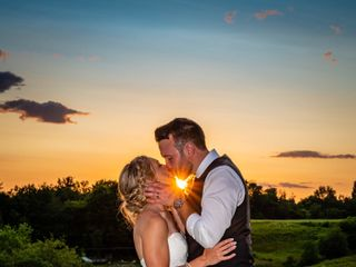 Held In The Moment Photography, LLC 4