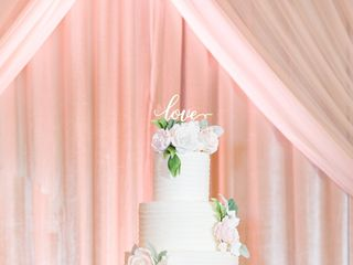 Couture Cakes by Lia, LLC 5