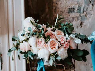 White Blooms Floral Co. 2