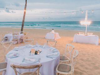 Modern Vacations & Destination Weddings 7