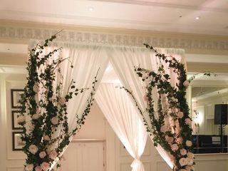 Cali Bouquet 5