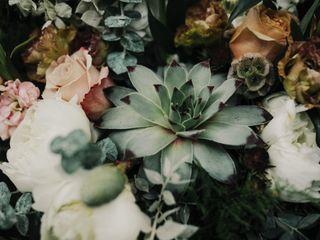 Bloomsbury Blooms 4