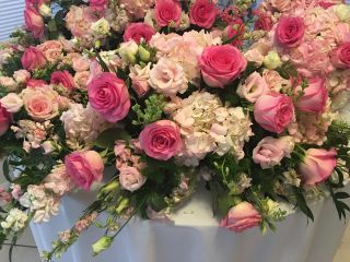 SuEllen's Floral Company 7