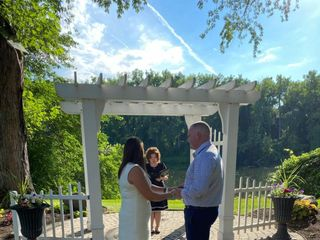 Trinity Cottage Wedding Officiants 4