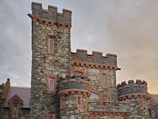 Searles Castle at Windham 1