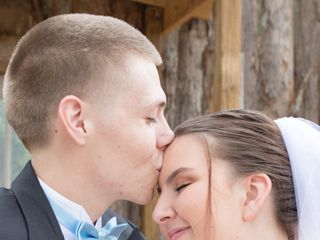 Boots and Veils Weddings and More, LLC 5