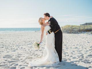 Sea Crest Beach Hotel 7