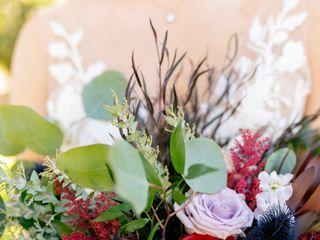 Flora & Vine 3