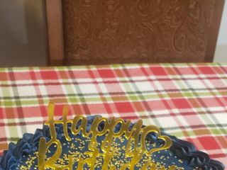 J's Sweet Treats and Wedding Cakes 1