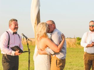 Chris Gray Wedding Officiant 7
