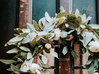 White Blooms Floral Co. 7