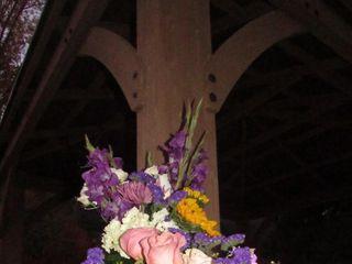 Awesome Blossom Floral Design 3
