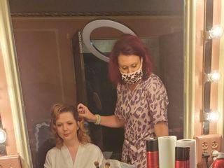 Make-Up N More 5