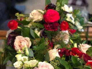 William's Florist & Gift House 4