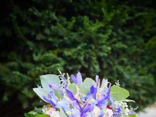 True Vine Flowers 3