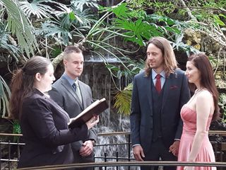Kelly Galer - Officiant 3