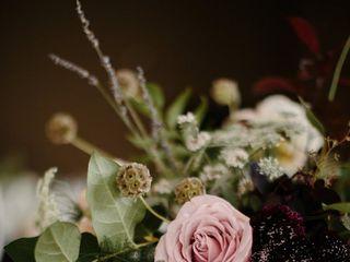 Viridescent Floral Design 2