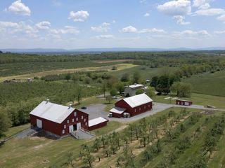 The Homestead Farm Historic Wright-Barton Venue 2