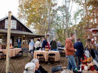 Nolichuckey Bluffs Bed & Breakfast Cabins & Wedding Venue 1