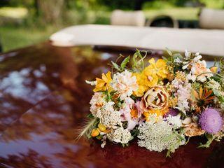 Elizabeth Mckenzie Florals 4