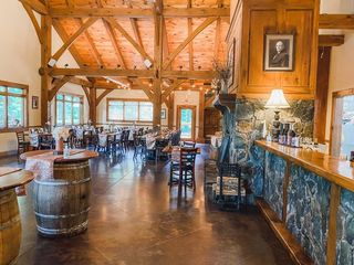 Sanders Ridge Vineyard & Winery 2
