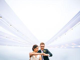 Brett & Tori Photographers 1