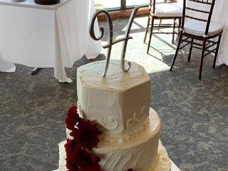 Gwen's Cake Decorating & Etc. 1