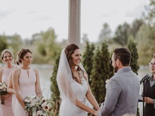 Deana Vitale - The Wedding Officiant 1