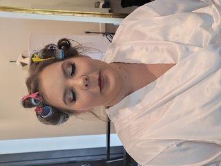 Royal Makeup & Hair Co. 5