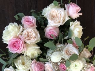 Country and Lace Florist 5
