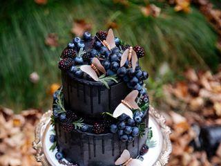 Lael Cakes 4