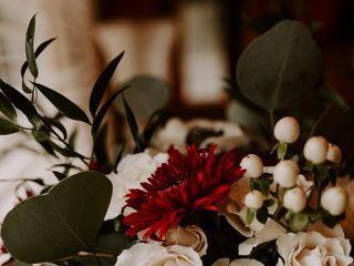 Azalea Ann's Floral Designs 2
