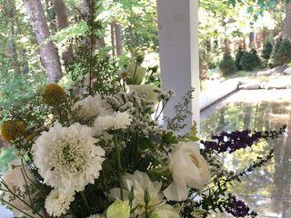 Floral Cottage 3